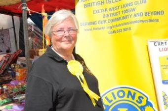 Lion Carol proudly wearing 3rd prize rosette for Best trade Stand